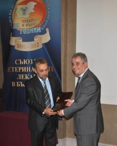 Цветан Димитров и Михаил Бащавелов (от ляво на дясно)